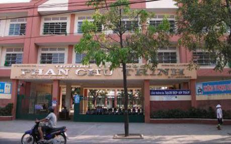 Thành phố Hồ Chí Minh buộc thôi việc giáo viên đánh học sinh