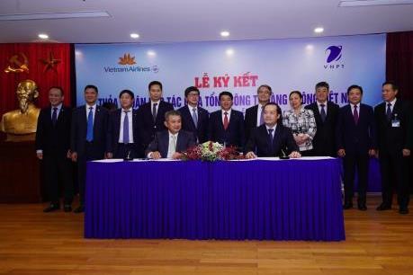 Vietnam Airlines và VNPT ký kết thỏa thuận hợp tác chiến lược