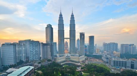 Malaysia hạ mức trần sở hữu bất động sản với người nước ngoài