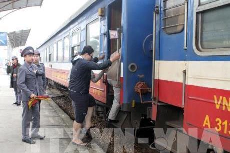 Đường sắt giảm tới 50% giá vé tàu Tết nếu mua trước nhiều ngày