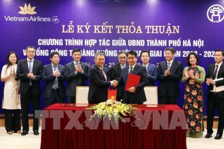 Hà Nội ký kết thỏa thuận hợp tác với Vietnam Airlines