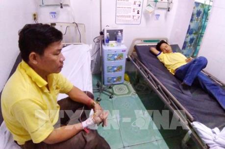 Hàng loạt công nhân nhập viện nghi ngộ độc thực phẩm tại TP. Hồ Chí Minh