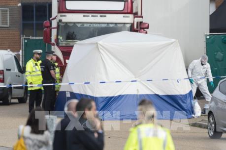 Vụ 39 người chết ở Anh: Thủ tướng chỉ đạo Bộ Công an xác minh, báo cáo trước ngày 5/11