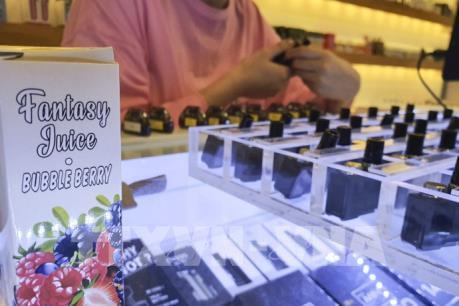 Cửa hàng tiện lợi ở Hàn Quốc dừng bán thuốc lá điện tử có mùi hương