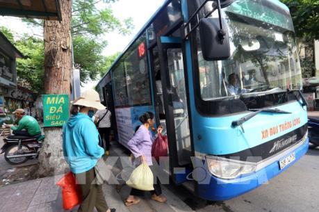Lưu ý phòng dịch COVID-19 khi đi phương tiện giao thông công cộng
