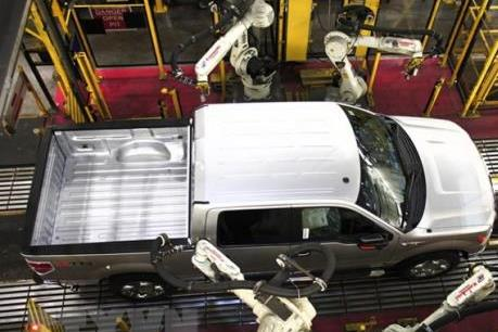 Ford sẽ cắt giảm 450 việc làm tại Canada