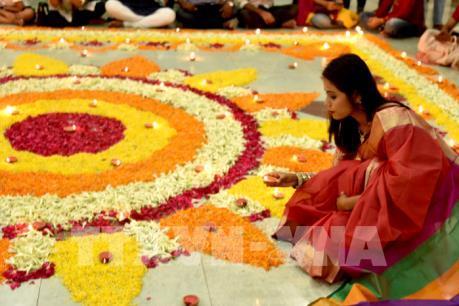 Tưng bừng Lễ hội ánh sáng Diwali