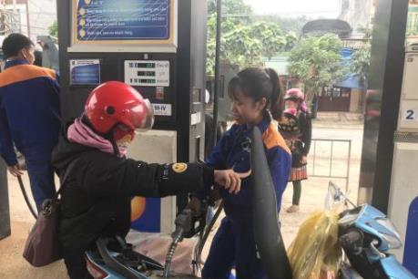 Quỹ bình ổn giá xăng dầu Petrolimex tiếp tục tăng 100 tỷ đồng