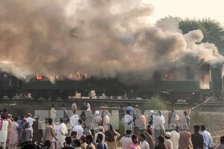 Cháy tàu hỏa, 70 người thiệt mạng do khách tự ý dùng bếp gas du lịch