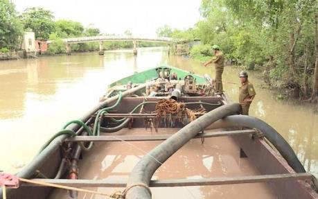 Triển khai Kế hoạch kiểm tra chuyên đề vận chuyển, mua bán cát sông