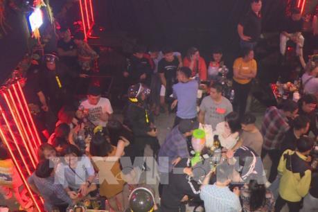 Đắk Lắk phát hiện 88 người sử dụng chất ma túy trong quán bar, karaoke
