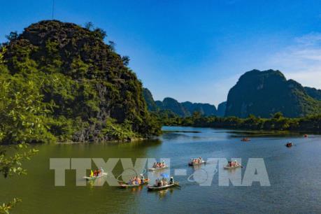 Chiêm ngưỡng mùa Thu tuyệt đẹp ở Tràng An (Ninh Bình)