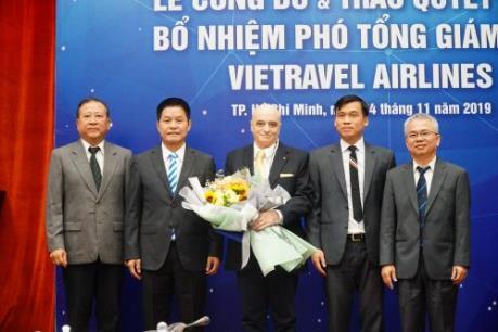 Trao quyết định bổ nhiệm Phó Tổng Giám đốc Vietravel Airlines