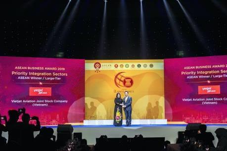 Vietjet được vinh danh là doanh nghiệp hàng không tốt nhất Đông Nam Á