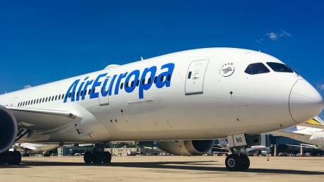 IAG mua hãng hàng không Air Europa của Tây Ban Nha