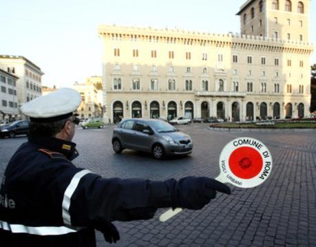 Ngừng lưu thông xe diesel Euro 3 vào trung tâm thủ đô Rome
