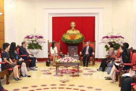Trưởng ban Kinh tế Trung ương Nguyễn Văn Bình tiếp Đoàn cán bộ Quỹ Tiền tệ Quốc tế