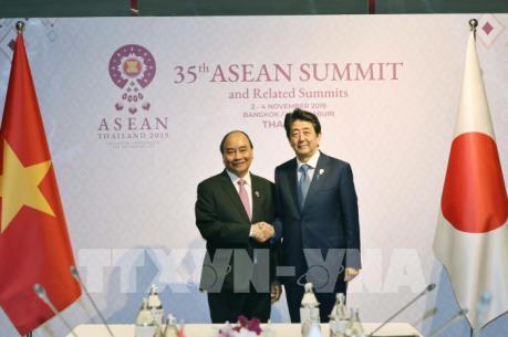 Thủ tướng kết thúc chương trình tham dự Hội nghị Cấp cao ASEAN lần thứ 35