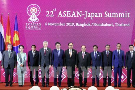 Thủ tướng Nguyễn Xuân Phúc dự Hội nghị Cấp cao ASEAN-Nhật Bản lần thứ 22