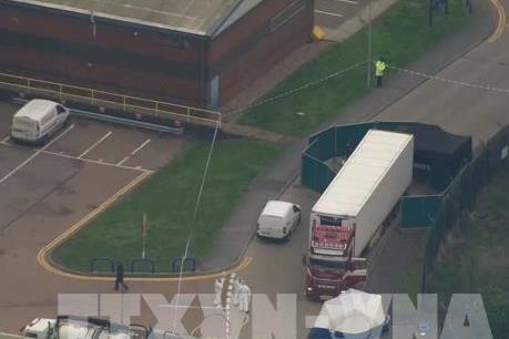 Vụ 39 người chết tại Anh: Cảnh sát Anh sắp công bố danh tính các nạn nhân
