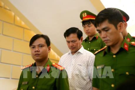 Y án 1 năm 6 tháng tù với ông Nguyễn Hữu Linh về tội dâm ô với người dưới 16 tuổi
