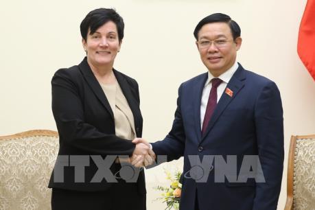 Phó Thủ tướng: Khuyến khích IFC mua cổ phần các ngân hàng thương mại lớn