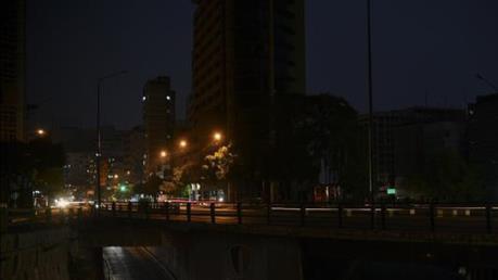 Quá tải hệ thống điện, nhiều khu vực của Nam Phi chìm trong bóng tối