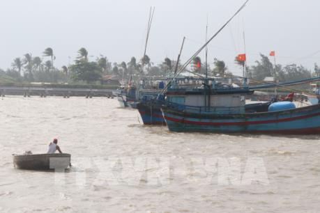 Ứng phó với bão số 6 tại Phú Yên