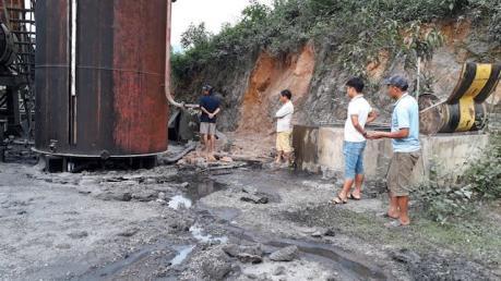 Quảng Trị: Kiểm tra, lập biên bản Trạm trộn bê tông nhựa để tràn dầu ra môi trường