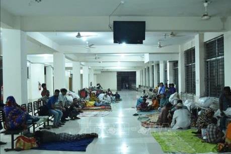 Hàng trăm nghìn người Bangladesh phải sơ tán do bão Bulbul