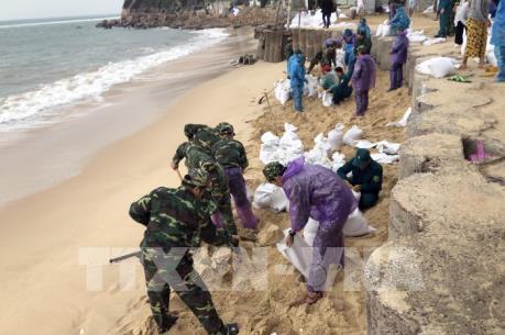 Tối nay, bão số 6 giật cấp 12 vào bờ biển các tỉnh từ Bình Định đến Khánh Hòa