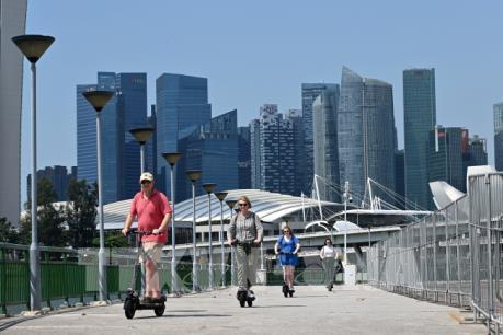 Singapore ban hành luật cấm mới với xe e-scooter
