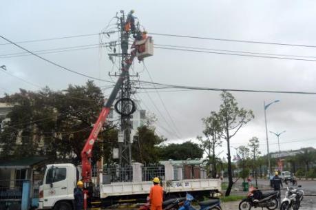 Bình Định khắc phục xong sự cố lưới điện do bão số 6