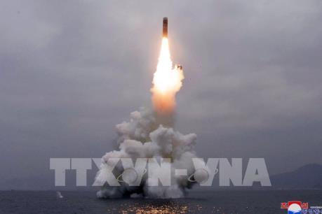 BREAKING NEWS: Triều Tiên phóng vật thể bay không xác định