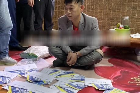 Bắt nhóm đối tượng sản xuất gần 1.000 vé giả bóng đá trận Việt Nam-Thái Lan
