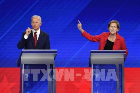 Bầu cử Mỹ 2020: Ứng cử viên Biden và Warren nhận được nhiều ủng hộ