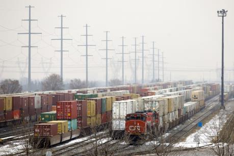 Nhân viên đường sắt đình công khiến nguồn cung propane thiếu hụt trầm trọng