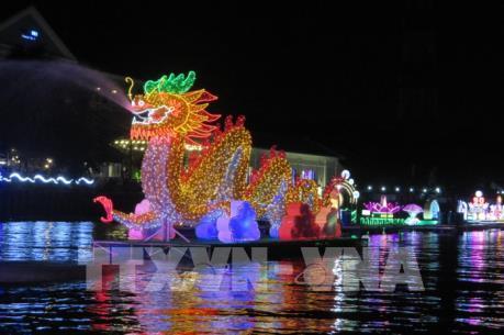 Ngày hội Du lịch - Đêm hoa đăng Ninh Kiều lần III