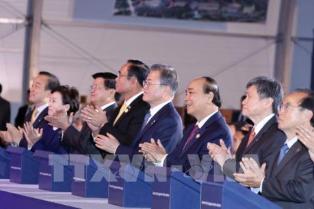 Thủ tướng dự Lễ động thổ xây dựng thành phố thông minh Eco-Delta Busan