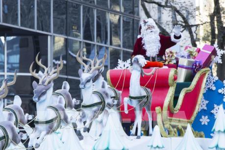 """""""Ông già Noel"""" khởi động mùa Giáng Sinh 2019"""