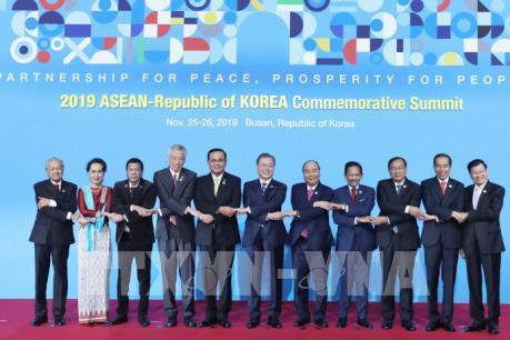 ASEAN - Hàn Quốc: Tổng thống Moon Jae-in nhấn mạnh tinh thần hợp tác và đoàn kết