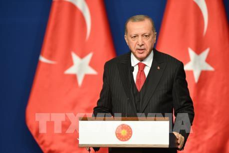 """Đồng USD bị kêu gọi """"tẩy chay"""" ở Thổ Nhĩ Kỳ"""