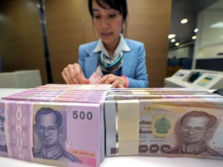 """Thái Lan """"bơm"""" hơn 4,7 tỷ USD vào nền kinh tế"""