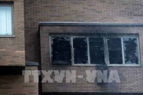 Cháy tòa nhà cao tầng, ít nhất 5 người thiệt mạng