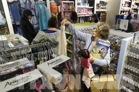 Người tiêu dùng Mỹ ngày càng thích mua sắm trực tuyến