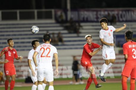 SEA Games 30: Đức Chinh lập công, U22 Việt Nam lại thắng nghẹt thở những phút cuối