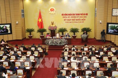 Chủ tịch Tp Hà Nội: Mức phí thu gom rác thải và nước thải chỉ đáp ứng được từ 15-18%