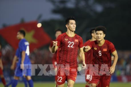 Hòa Thái Lan, U22 Việt Nam thẳng tiến vào bán kết