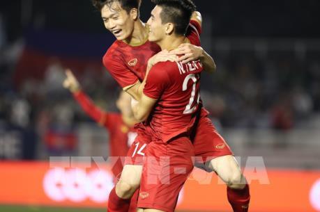 SEA Games 30: Tiến Linh và Đức Chinh giúp U 22 Việt Nam thắng giòn giã hiệp 1