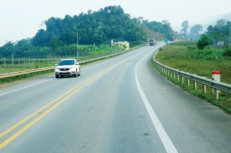 Đầu tư cao tốc Tuyên Quang - Phú Thọ kết nối với Nội Bài - Lào Cai